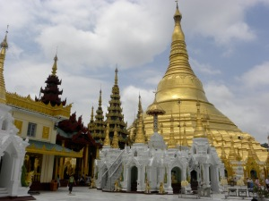 View of the Schwedagon from the wish-fulfilling area