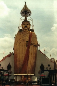 The Standing Buddha of Wat Intharawihan