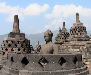 Stupas & Buddha scattered on top of Borobudur